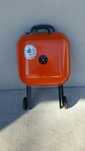 BBQ grill for Sale in Wheat Ridge, CO