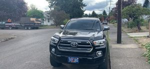 Toyota Tacoma 2016 limited. for Sale in Portland, OR