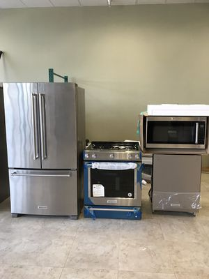 REMODELING YOUR KITCHEN? New KitchenAid Appliances Set. One Year Warranty for Sale in Boynton Beach, FL