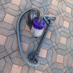 Tyson Vacuum DC39 for Sale in Los Angeles,  CA