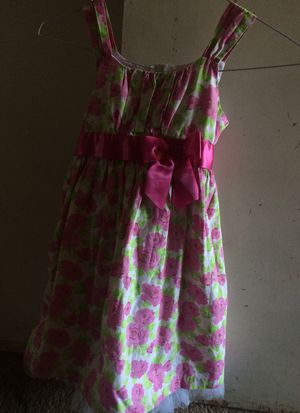 Pink dress with flowers size 6 for Sale in Riverside, CA