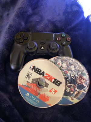 PS4 controller w/ NBA 2k18 Madden NFL 17 for Sale in Washington, DC