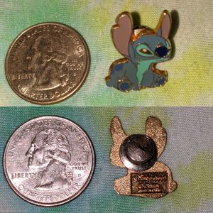 Disney official - 2002 - vintage stitch pin for Sale in University Place, WA