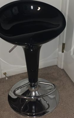 Bar Stool Barely Used for Sale in Novi,  MI