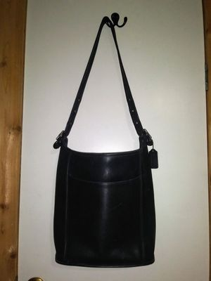 Classic Coach Black Leather Messenger Bag Purse for Sale in Killeen, TX