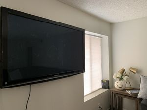 TV Mounting/ TV Installation for Sale in Orange, CA