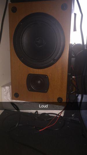 3 loud Polk speaker for Sale in Takoma Park, MD