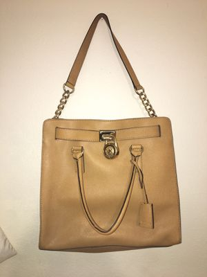 Michael Kors Authentic Purse / Bag for Sale in Imperial Beach, CA