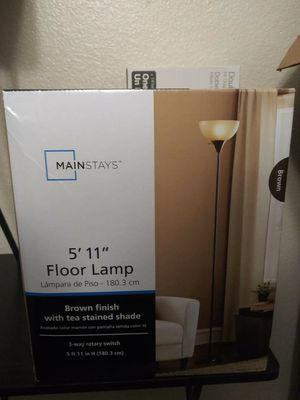 Mainstays Floor lamp for Sale in Las Vegas, NV