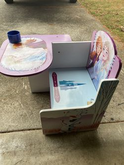 Kids Desk for Sale in Troutdale,  OR