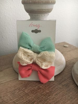 Small hair bows for Sale in Austin, TX