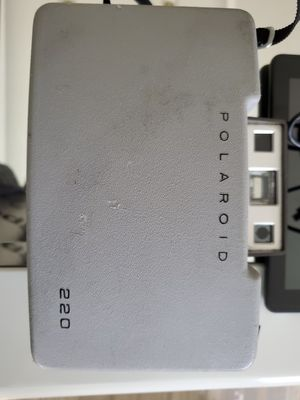 Old Vintage Polaroid 220 for Sale in Brooklyn Center, MN
