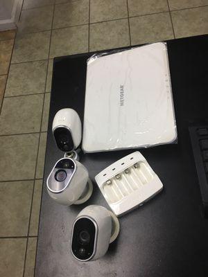 Arlo camera set for Sale in Modesto, CA