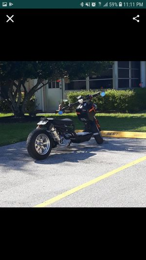 150CC Scooter for Sale in Palm Beach Shores, FL