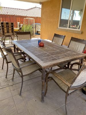 Patio Table, 6 Chairs & 1 footrest, 1 end table for Sale in Oak Glen, CA