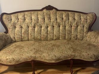 Antique Sofa set for Sale in Cleveland,  OH