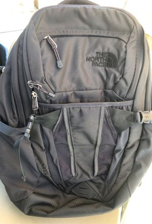 The north face grey backpack for Sale in Bloomington, CA