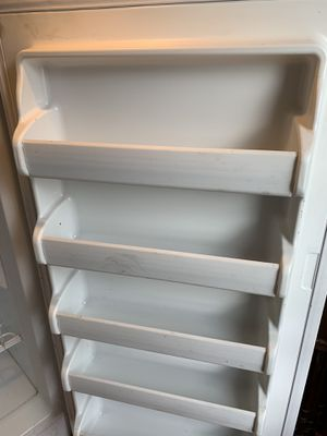 Kenmore upright freezer large for Sale in Somerset, MA