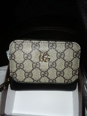 Gucci Shorty Wallet;-) for Sale in Martinez, CA