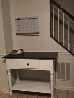 Entry/Console Table for Sale in Frederick,  MD