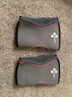 Knew bands / Knee pads Size: Large for Sale in Redmond, WA