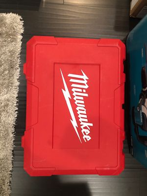 """Milwaukee 5446-21 1-3/4"""" 14A SDS Corded Demolition Hammer - Red brand new for Sale in Huntington Beach, CA"""