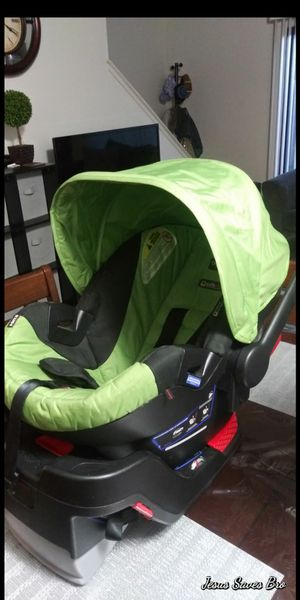 Britax infant car seat for Sale in Castro Valley, CA