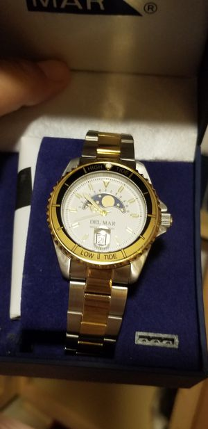 BRAND NEW WATCHES LOT GREAT OPPORTUNITY FOR EBAY SELLER OR CHIRSTMAS GIFTS for Sale in Fairfax, VA