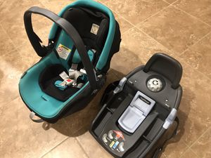 Peg Perego Primo Viaggio 4-35 Infant Car Seat with 2 Bases for Sale in Gilbert, AZ