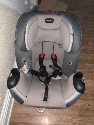 Evenflo convertible car seat for Sale in St. Louis, MO