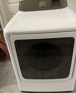 Secadora De Gas Excelente Condiciones Marca Samsung for Sale in Rialto,  CA