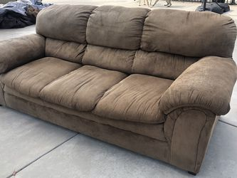 Sofa for Sale in Moreno Valley,  CA
