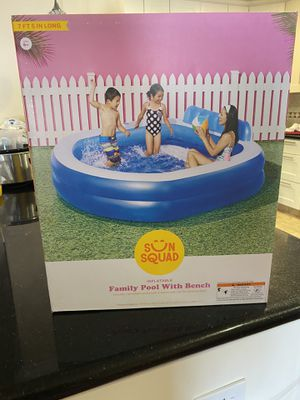 Swimming pool swimming pools with bench for Sale in San Jose, CA