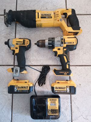 6 piece DEWALT 20v Max lithium ion for Sale in Tarpon Springs, FL