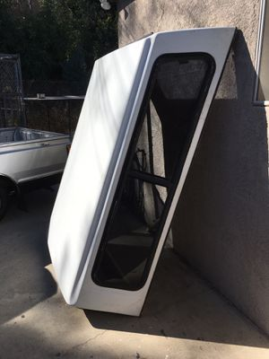 Snug top - Camper shell for Sale in Los Nietos, CA