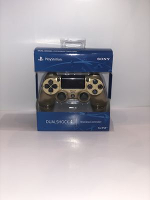 Brand New Gold PS4 Dualshock 4 Wireless Controller for Sale in Lincoln, NE
