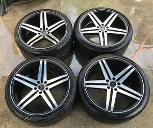VERDE PARALLAX / CONTINENTAL 20'' INCH WHEEL RIMS W/ TIRES (SET OF 4) for Sale in Fort Lauderdale, FL