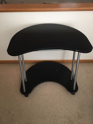 Computer stand on wheels for Sale in Blacklick, OH