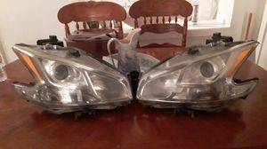 Nissan maxima 2009-2014 special edition halogen headlight cover set for Sale in Taylor Lake Village, TX