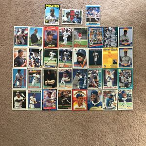 Baseball Cards - Bonds & Griffey for Sale in South Brunswick Township, NJ