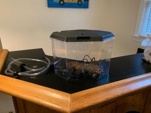 6.5 Gallon Aquarium with filter, heater, and more for Sale in Eldersburg, MD