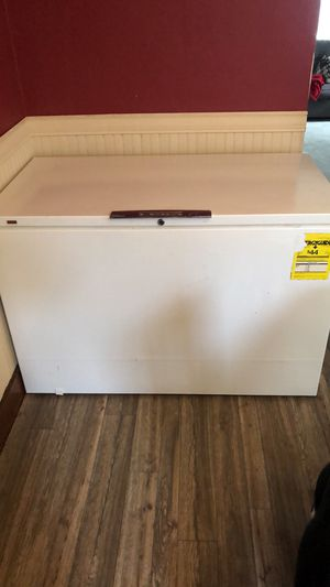 Montgomery Ward Chest freezer for Sale in Milton, PA