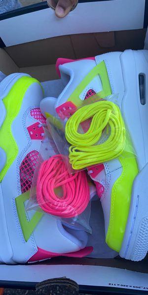 "Jordan 4 Retro SE ""White/Lemon Venom/Pink Blast"" size 6 for Sale in Baton Rouge, LA"
