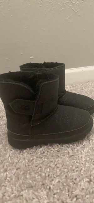 Black ugg boots for Sale in Bedford, TX