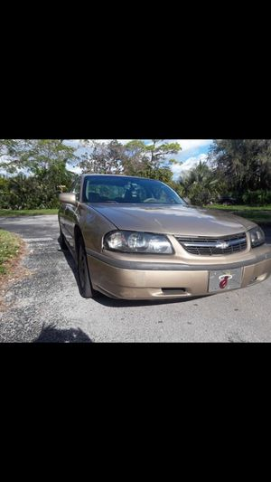 05 Chevy Impala for Sale in Miami, FL