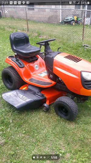 Ariens 46 in riding lawn mower, automatic for Sale in Hobart, IN