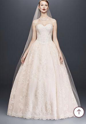 Wedding dress & veil& hoop skirt!!! for Sale in Gretna, LA