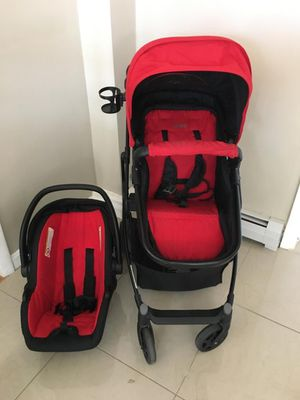 Stroller red for Sale in Lowell, MA