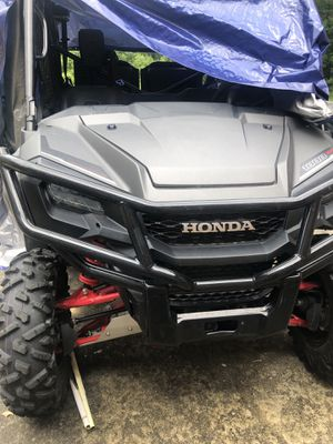 2018 pioneer 10 Honda. miles 371 in good condition. Has been used. Runs good in good condition. for Sale in Zachary, LA
