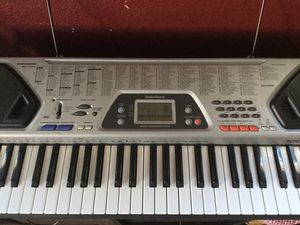 RadioShack Musical Information System Keyboard and stand. for Sale in Murrieta, CA